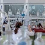 化学メーカー 年収ランキング